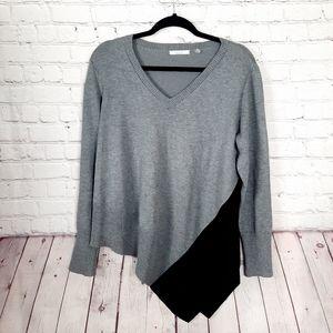 89th & Madison Black Gray Asymmetrical Hem Sweater